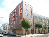 Flat to rent in Mile End  E3