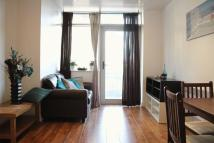 Flat to rent in Stratford E15