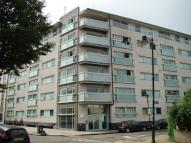 1 bed Flat to rent in Bow E3