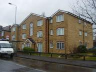Flat to rent in Chingford E4