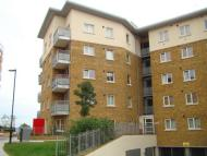 1 bedroom Flat to rent in Bow E3