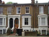 3 bed Flat in Hackney E9