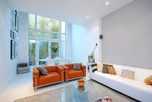 3 bed property to rent in Berrymede Road, Chiswick...
