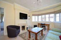 Flat in Chiswick Village...