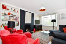 Flat for sale in Manor Gardens...