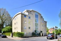 2 bed home in Magdalen House, Chiswick...