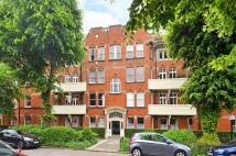 Flat for sale in Woodstock Road...