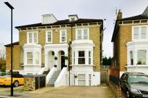 Flat in Brooks Road, Gunnersbury...