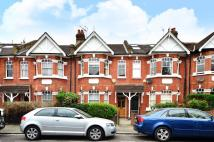 3 bedroom house to rent in Kingscote Road...