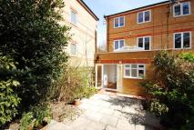 3 bedroom home in Meadow Place...