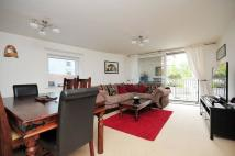 2 bed Flat for sale in Holland Gardens...