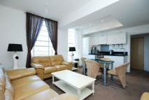 Flat for sale in Great West Road...