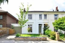 4 bedroom house to rent in Ravenscourt Gardens...