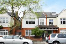 5 bedroom house in Elmwood Road, Grove Park...