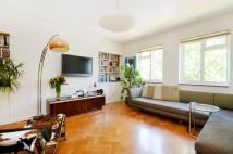 3 bedroom Flat for sale in Alexandra Gardens...