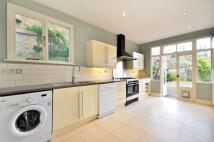 3 bed home in Bridgman Road, Chiswick...