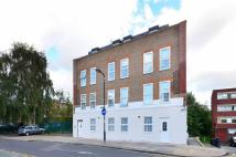 Flat in Church Road, Acton, W3
