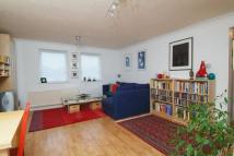 1 bedroom Flat to rent in Chaseley Drive, Chiswick...