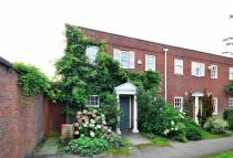 3 bed property in Dartmouth Place...