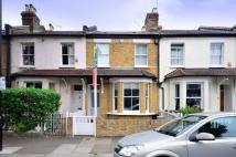 3 bedroom house to rent in Dale Street...