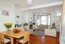 2 bedroom property in Somerset Road, Chiswick...