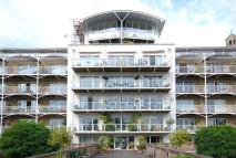 Flat to rent in Kew Bridge Road...