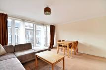 Flat to rent in Bourne Place, Chiswick...