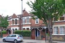 Flat to rent in Southfield Road...