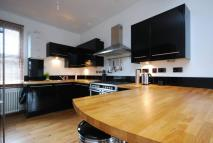 2 bedroom Flat to rent in Market Terrace...