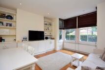 2 bedroom Maisonette in Southfield Road...