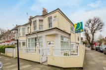 Flat to rent in Whellock Road, Chiswick...