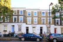 Maisonette to rent in Offord Road, Barnsbury...