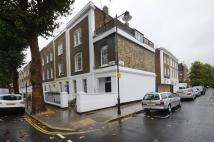 Maisonette to rent in Richmond Avenue...