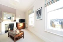 1 bedroom Flat in Mountgrove Road...