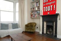 Flat to rent in Elwood Street, Highbury...