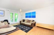 2 bedroom Flat to rent in St Pauls Road, Canonbury...