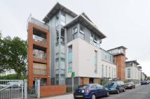3 bed Flat in Southwold Road, Clapton...