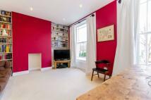 2 bedroom Flat in Southgate Road...