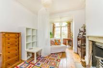1 bed Flat to rent in Loraine Road, Islington...