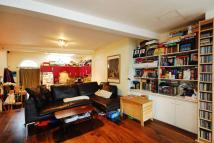 3 bed home in Newington Green Road...
