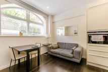 Studio flat in Gore House, Islington, N1