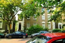 2 bed Flat in Englefield Road...