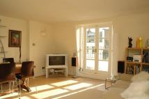 2 bedroom Flat to rent in Cross Street, Islington...