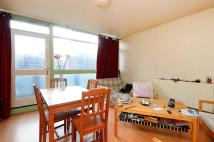 3 bedroom Flat in Murray Grove, Hoxton, N1