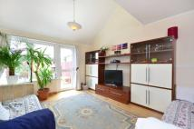 4 bedroom Flat for sale in Armour Close, Islington...