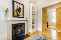 2 bed Maisonette to rent in Richmond Avenue...