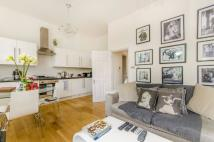 Flat to rent in St Pauls Road, Islington...