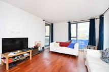 Flat for sale in Northchurch road...