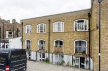 2 bedroom Maisonette in St Clements Church Hall...
