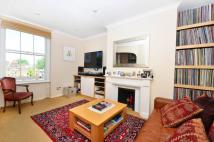 Noel Road Flat to rent